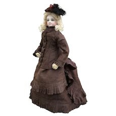 « Lily poupée de Nuremberg » French fashion bisque doll 17 inches tall