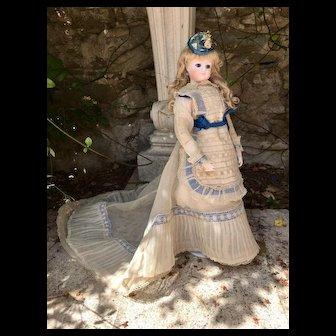 Rare Lavallée Peronne poupée de Nuremberg 18 Inches french Fashion doll