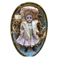 Wonderful small all bisque doll mignonette 4,4 inches