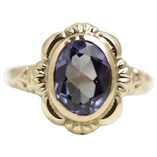 Vintage 1940s Retro Art Deco Synthetic Color Change Sapphire and 10K Yellow Gold Ring Size 5.5