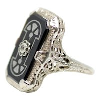 Vintage 1920s Art Deco Onyx, 18K White Gold, Diamond and Silver Enamel Filigree Geometric Ring Size 6.5