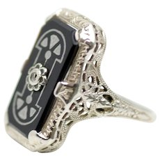 Vintage 1920s Art Deco Onyx, 18K White Gold, Diamond and Silver Enamel Filigree Geometric Ring Size 6.5