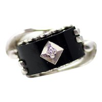 Vintage 1960s BADEN and FOSS Black Onyx, Diamond and 10K White Gold Asymmetric Ring Size 6.25