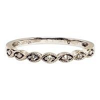 Vintage 1930s Art Deco 0.07 Carat Diamond and 10K White Gold Anniversary Wedding Band Size 7.25