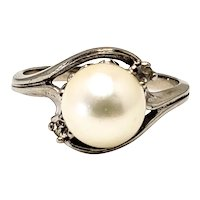 Vintage 1980s Cultured Japanese Akoya 8.3mm Pearl, Diamond, and 10K White Gold Ring Size 7.25