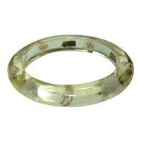Vintage Sea Shell Lucite Bangle Bracelet