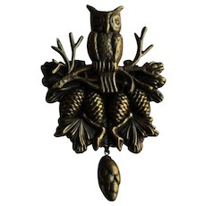 Large Owl With Pine Cone Pin