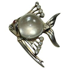 Vintage Sterling Jelly-Belly Fish Pin