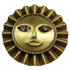 Joseff Single Ruffle Moon God Pin