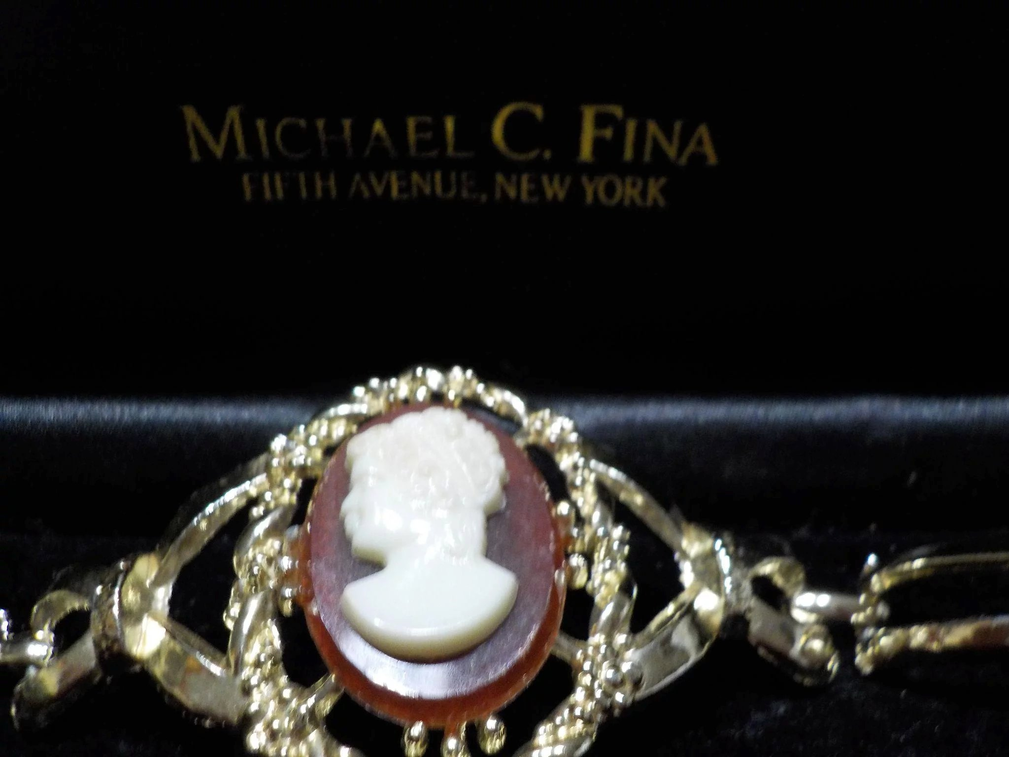 Michael C. Fina Cameo Jewelry Set. Click to expand