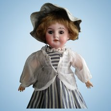 Tiny Antique Armand Marsielle Doll (Mould 1894. A. M. DEP. Made in Germany 410 X)