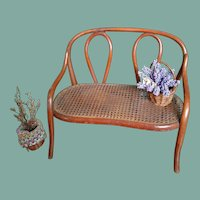 Antique Thonet Bentwood Designed Settee (circa 1900)