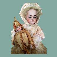 "13 1/3"" (35 cm) Antique Marotte Schoenau&Hoffmeister Porzellanfabrik Burggrub 4700 (All original!)"