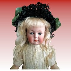 """Beloved German """"Mein Liebling"""" Mold 117 closed mouth Antique Doll (circa 1912)"""