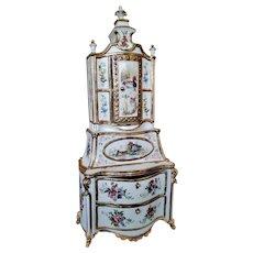 Exquisite Antique Italian Doll Porcelain Capodimonte Buffet with Gorgeous Rococo Decoration