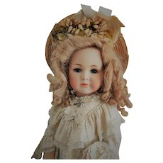"""Magnificent 24"""" German Kammer & Reinhardt Simon & Halbig """"Mein Liebling"""" Mold 117 closed mouth Antique Doll"""