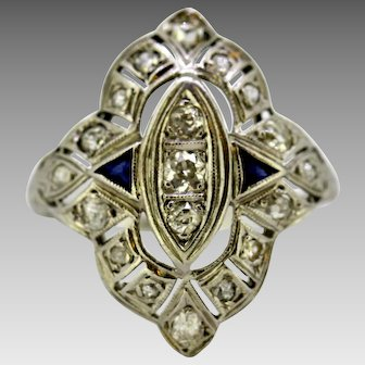 Art Deco 18K white gold ladies ring with diamonds and blue sapphire  France Circa.1920's