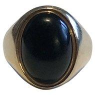 An Onyx 9k Gold Chunky Signet Ring
