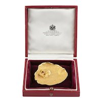 An 18k Gold Asprey and Co Lilly Pad Brooch