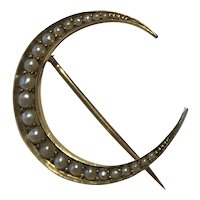 An Edwardian Seed Pearl Crescent Brooch