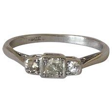 Diamond Art Deco 18 Karat Gold Three Stone Ring