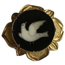 An Antique Dove Pietra Dura Brooch