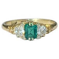 Emerald and old Cut Diamond 18k Gold Ring