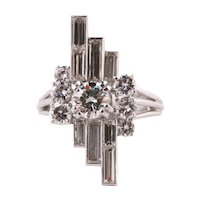 White gold 18k ring with diamonds