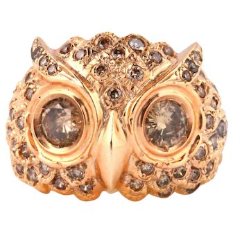 Vintage owl shaped gold ring with natural fancy diamonds