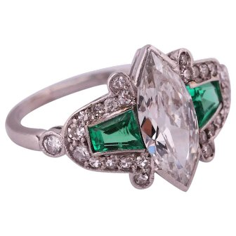 Edwardian platinum ring with diamonds and emeralds