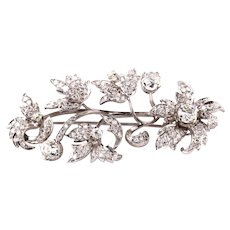"""White gold and old cut diamonds brooch """"en tremblant"""""""