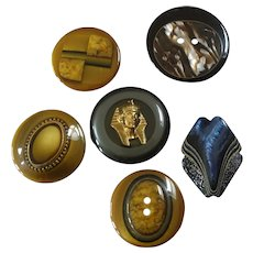 """Six Vintage Italian Couture Plastic Polyester Buttons Tut-anch-amun - up to 1 5/16"""""""