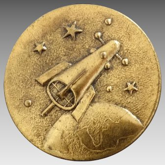 "Vintage Metal Picture Transport Button Spaceship Rocket Satellite Mission to the Moon Apollo A4 Sputnik 1"""