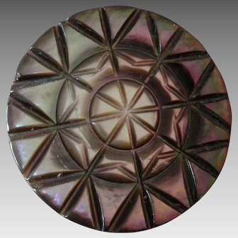 """Large Antique Victorian Carved Mother of Pearl Button Star Pattern 1 3/8"""""""