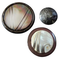 "Three Large Vintage Mother of Pearl Inlay Plastic Couture Buttons Victory Sign 1 1/8"" to 2 1/16"""