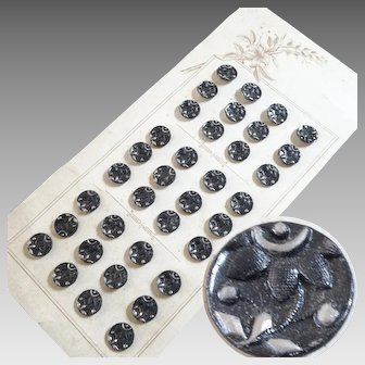"""Original Card of 36 Antique Victorian Metal Picture Buttons Flowers 7/16"""" - Historical Costumes"""
