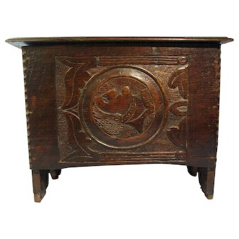 English Folk Art c. Early 1800s Carved Portrait Wood Footstool Step Stool Flip Top England