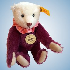 "8"" Steiff Classic Dolly Bear"