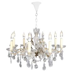 Continental French Bronze and Cut Crystal Eight-Arm Chandelier, 20th Century