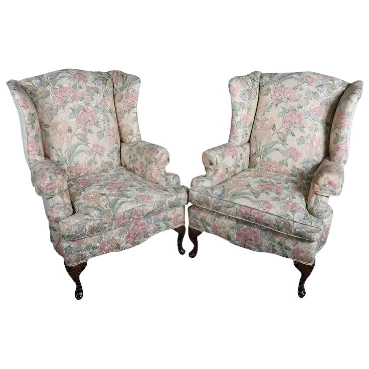 Pair of Queen Anne Style Floral Upholstered Wingback Chairs, 20th Century - Pair Of Queen Anne Style Floral Upholstered Wingback Chairs, 20th