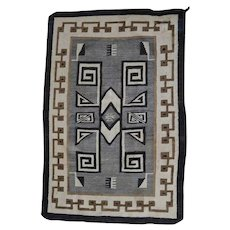 Southwest American Indian Navajo Rug, Germantown, circa 1920