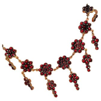 Antique Victorian Bohemian Garnet Floret Necklace with 7 Drops