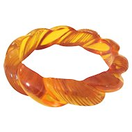 Rope Carved  Apple Juice Bakelite Bangle Bracelet