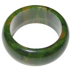 Green Marbled Bakelite Ring Size 5