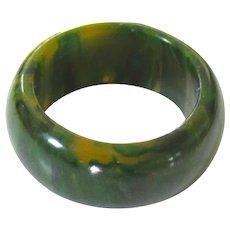 Heavily Marbled Vintage Bakelite Ring, Size 7.5