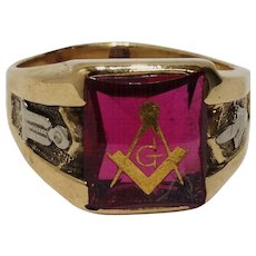 10k Ruby Red Mason Masonic Ring Size 10.5 Yellow Gold