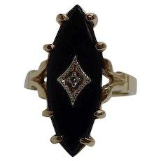 10k Yellow Gold Black Onyx & Diamond Ring Size 5.5