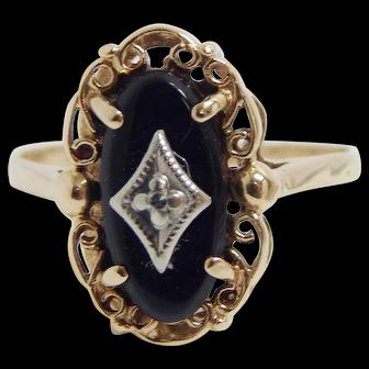 10k Yellow Gold Ladies Black Onyx & Diamond Ring Size 7
