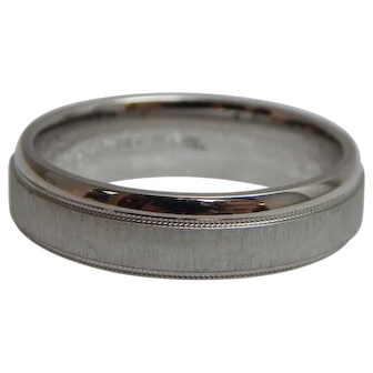 14k White Gold 6mm Milgrain & Brushed Finish Center Comfort Fit Wedding Band Size 8.5