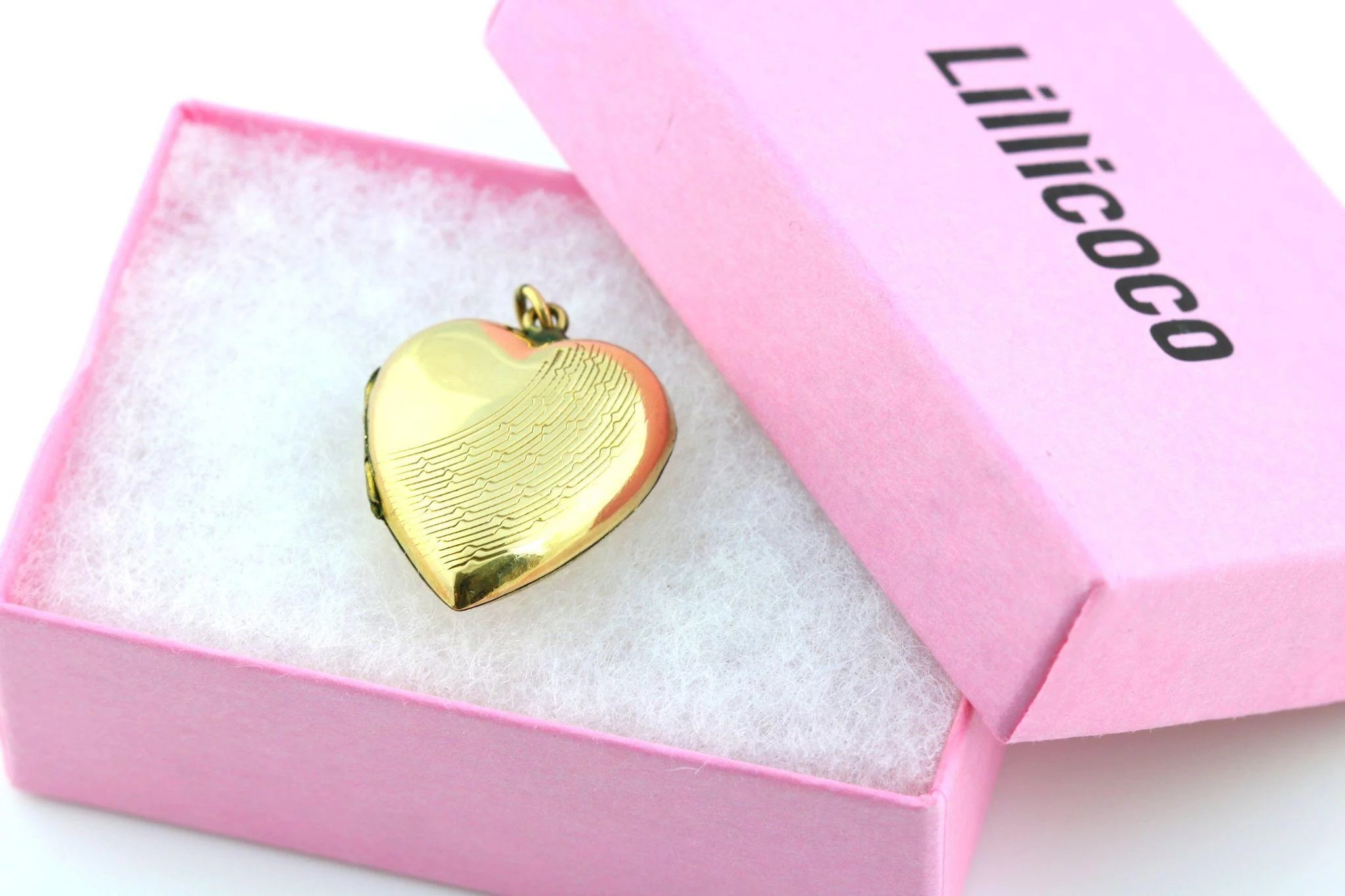 Charming Art Deco 9ct Gold Heart Locket with Pretty Sunrays Design ...